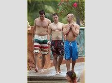 The Men Of Hollywood Kris Allen Shirtless!