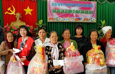 meaning  donating tet gifts   poor