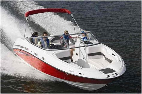 yamaha sx boat review  top speed