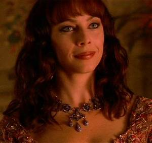 THE VAMPIRE DIARIES: Melinda Clarke to guest star ...