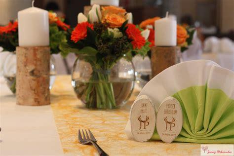 Orange Tischdeko Holz Jäger Holzscheiben Gastgeschenk