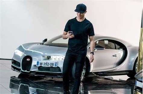 It's the most expensive new car in the world with a price tag of about $18.9 million. Cristiano Ronaldo, forti emozioni con la Bugatti Chiron da ...