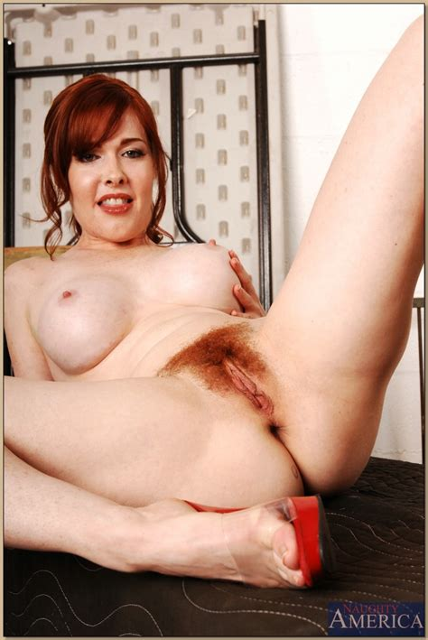 Beautiful Curvy Busty Mature Redhead Milf Mae Victoria