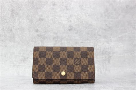 louis vuitton damier ebene porte monnaie billets tresor wallet at s consignment