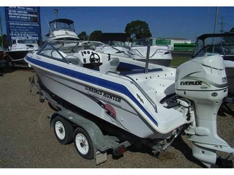 Haines Bowrider Boats by 2001 Haines 540 Bowrider For Sale Trade Boats