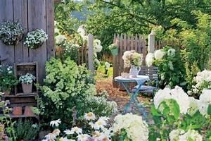 Gartengestaltung Unter Bäumen : pflanzen f r den wei en garten mein sch ner garten ~ Yasmunasinghe.com Haus und Dekorationen