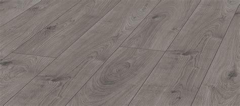 Uwm Union Help Desk by 19 Mammut 3081 Everest Oak Beige Kronotex Flooring