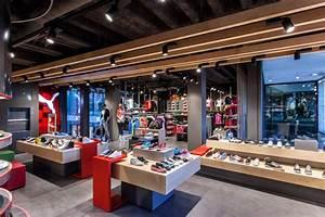 Design Studio München : puma store by plajer franz studio munich retail design blog ~ Markanthonyermac.com Haus und Dekorationen