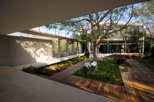 courtyard designs home inspiration modern garden design studio mm architect