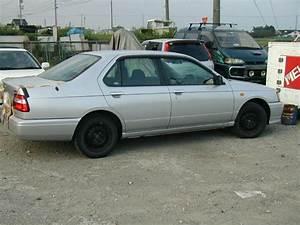 1999 Nissan Bluebird Pictures