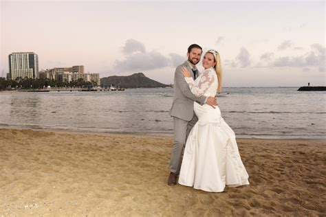 affordable hawaii beach weddings