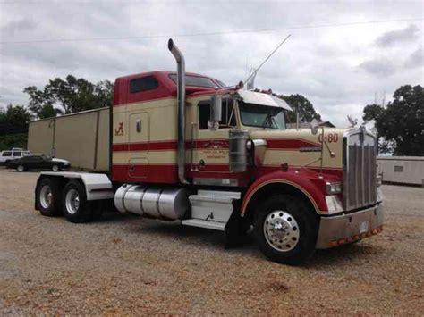 kenworth w900b kenworth w900b 2000 sleeper semi trucks