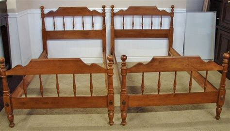 Ethan Allen Furniture Bed Frames by Ethan Allen Spindle Maple Bed Frames I Bought Two