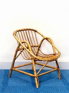 Fauteuil Rotin Design : petit fauteuil rotin enfant design 60 brocnshop ~ Nature-et-papiers.com Idées de Décoration
