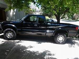 Purchase Used 2000 Gmc Sonoma Sls Ext Cab  V6  4wd  124k Mi  A  C   Well Below Blue Book In