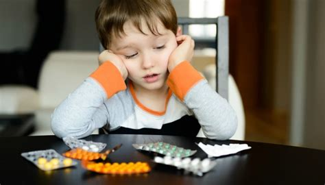 mothers struggle  medicating  child  adhd