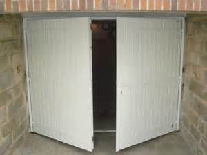 porte de garage coulissante en fer isolation idees With porte de garage en fer
