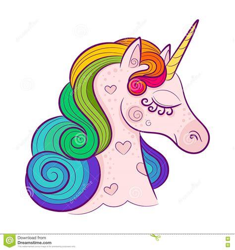 testa dell unicorno bianco sveglio con la criniera dell arcobaleno isolata su fondo bianco