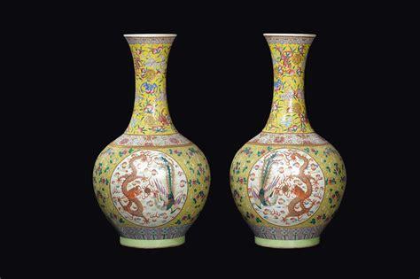 vasi grandi coppia di grandi ed importanti vasi a bottiglia in