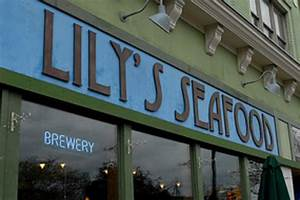 Delicious brunch at Lilly's SeafoodReview of Lily's