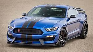 2017 Ford Mustang Shelby GT350R (Color: Lightning Blue) - Front | HD Wallpaper #1 | 1920x1080