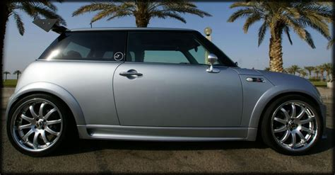 body matched fender flares  side skirts mini cooper