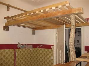 Holz Für Hochbett : hochbett und hochebene kante ~ Markanthonyermac.com Haus und Dekorationen
