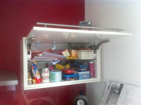 fixation meuble haut cuisine placo suspension meuble haut cuisine trendy meubles bas