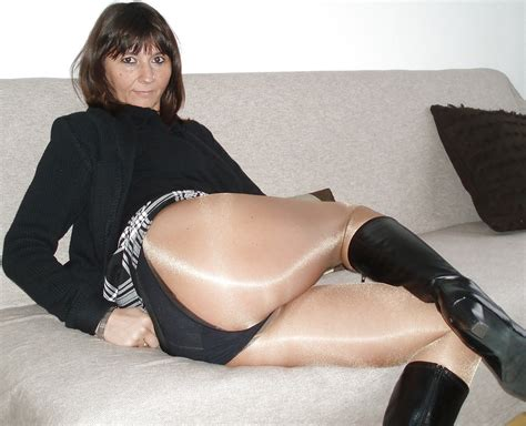 Only The Best Amateur Mature Ladies Wearing Pantyhose 11
