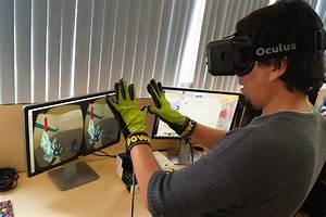 Virtual Reality App : glove for sensing heat and cold in virtual reality apps ~ Orissabook.com Haus und Dekorationen