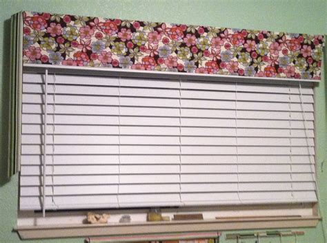 Window Valance From Left Over Mini-blind Slats. Thomasville Bedroom Sets White Modern Furniture Shabby Sheek Bedrooms Decorating Ideas For Bathroom Cute Teenage Girls Dallas Cowboys Decor 2 Houses Rent In Indianapolis One Apartments Baltimore