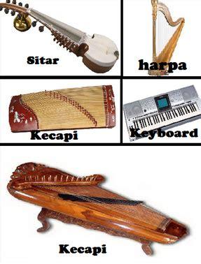 Jenis alat musik harmonis terbagi menjadi dua, yaitu alat musik harmonis modern dan alat musik tradisional. Musik ansambel | Alat Musik Ritmis, Melodis, Harmonis | Pelajarindo.com