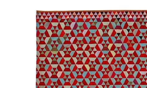 tapis castelbajac ligne roset 28 images tapis j c de castelbajac 27 jours d amour ligne