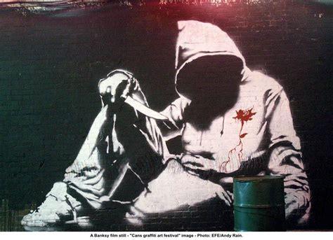 graffiti artist beebeye crew