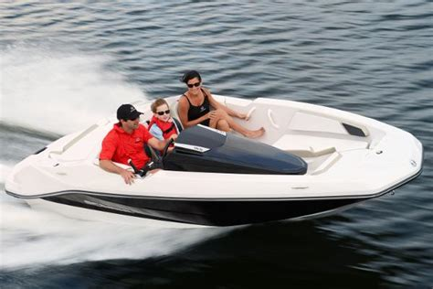 Lake Boats For Sale Nj by Ski And Wakeboard Boats For Sale In Lake Hopatcong New Jersey