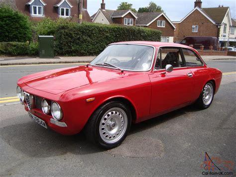 1973 Alfa Romeo Gtv 105 Bertone Giulia Coupe,show