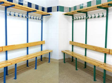bancs de vestiaires combin 233 sur pieds pour vestiaires de collectivit 233 s equipement