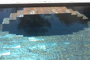 pose de carrelage piscine herault chantier carrelage With carrelage grand format pour piscine