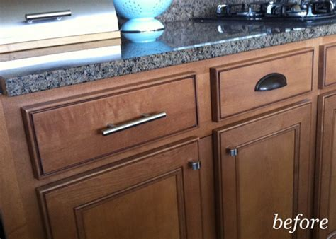 New Kitchen Knobs and Pulls