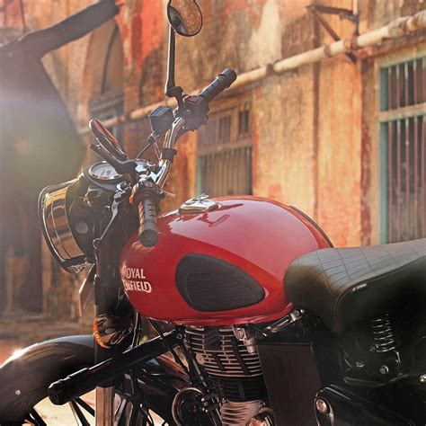 Royal Enfield Classic 350 Redditch : Price May 2021