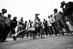 Break Sportif : old school break dancing jaye video concept pinterest mulation sportif et bd ~ Gottalentnigeria.com Avis de Voitures