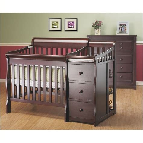 pemberly row 3 in 1 mini convertible crib and changer