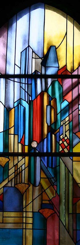 la maison du vitrail cr 233 ation et restauration de vitraux 224