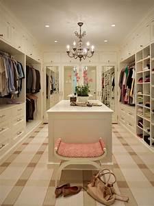 15 closets e armários para inspirar a organização de suas