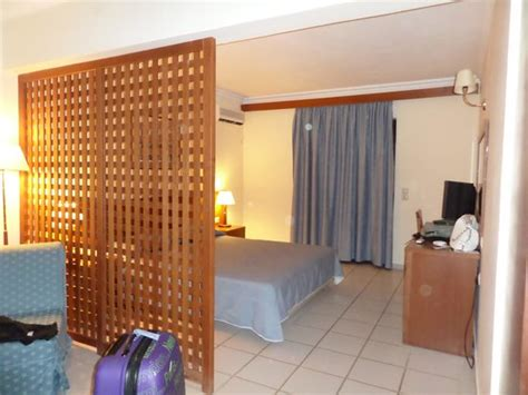 chambre spacieuse chambre spacieuse bild från atlantica porto bello