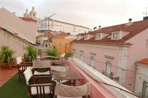 alfama patio hostel 2