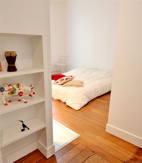 chambre ouverte sur salle de bain aménagement salle de bain ouverte vasque bois creusé et