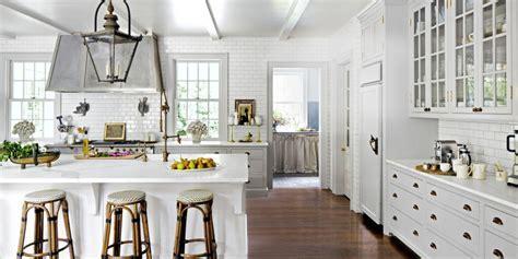 Picturesque white kitchens ? BellissimaInteriors