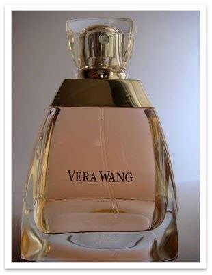serene life   showcase vera wang signature perfume