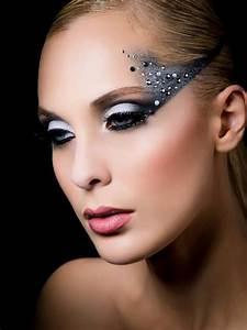 festive makeup   MakeUp4All